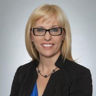 Jacqueline Molnar