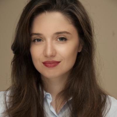 Liliana Pertenava